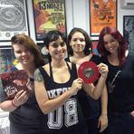 Música - Girlie Hell divulga data de lançamento de compacto e estreia novo site