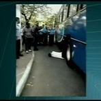Atropelado em frente a hospital espera por ambulância no ES