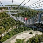 A maior ponte suspensa para pedestres do mundo