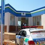 A segurança pública recebe novas viaturas e um prédio novinho