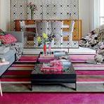 Poltronas coloridas decorando ambientes