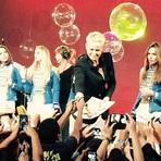 """Xuxa Grava sua Participação no Programa """"Globo de Ouro"""""""