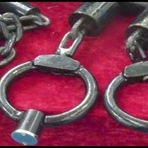 China é acusada de produzir instrumentos de tortura para exportação