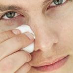 Como remover a oleosidade do rosto? Masculino
