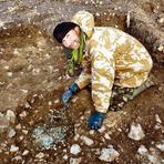 Britânico encontra 22 mil moedas romanas com mais de 2 mil anos