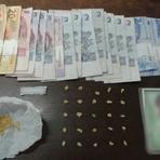 Crack e dinheiro são apreendidos em ponto de tráfico em Balneário Camboriú