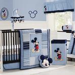 Decoração para quarto de bebê menino: Mickey Mouse