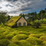 Curiosidades - A última igreja de relva em Hof, na Islândia