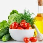 Saúde - Dieta mediterrânea reduz em 30% risco de cancro da mama
