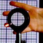 Universidade cria dispositivo que torna objetos invisíveis