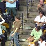 Esportes - Não a violência nos estádios: este jovem fez sorrir milhares de pessoas