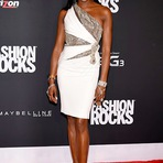 Naomi Campbell pode estrelar novo programa de TV com base no império hip-hop