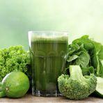 Veja como emagrecer com a dieta do suco verde