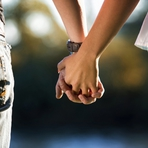 """Auto-ajuda - Alemanha quer liberar 'sexo"""" entre irmãos"""
