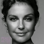 Internacional - Ashley Judd : Ebola expôs o calcanhar de Aquiles da saúde global