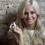 Pixie Lott lança vídeo com a versão acústica de Break Up Song