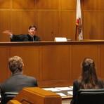 Conheça o Seguro Garantia Judicial que protege sua empresa em processos judiciais