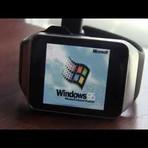 Garoto de 16 anos cria hack e faz Windows 95 rodar em smartwatch