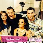Harry Styles ajuda rapaz a pedir a namorada em casamento durante show do One Direction