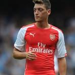 Futebol - Mesut Özil lesiona o joelho e ficará 3 meses fora