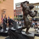 Arnold Schwarzeneger recebe homenagem em Columbus.