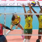 """Vôlei - Em """"aquecimento"""" para a semi, Brasil domina dominicanas e vence 11º jogo"""