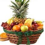 Entretenimento - Por que receber cesta de frutas como presente é mais saudável?