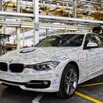 Empregos - Santa Catarina inaugura a 1ª fábrica da BMW do País. Silêncio na imprensa