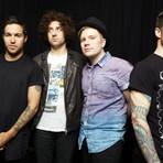 Fall Out Boy lança música nova para a trilha do filme Big 6