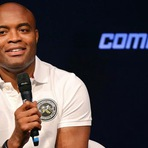 Anderson Silva volta ao UFC e mais humilde, ele garante isso