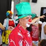Opinião e Notícias - Integrantes da terceira idade homenagearam as crianças na Ilha Comprida