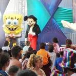 Festa das Crianças na Ilha no domingo 12/10 contou com personagens infantis e show com a Banda Aliados