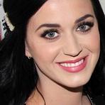 Katy Perry Visita a Casa de Frida Kahlo no México