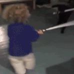 Violência - Enquando isso, uma briga de Jedi ...