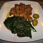 Culinária - Estufado de berinjela com folhas de aboboreira!