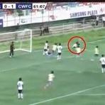 Jogador erra salto comemorando gol e morre após sofrer grave lesão na medula