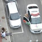 Contos e crônicas - Homem é detido por suspeita de agredir companheira no meio da rua em Itajaí