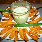Culinária - Palitos de abóbora na frigideira c/ molho de iogurte!
