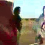 Mulher apedrejada até a morte por militantes ISIS e seu próprio pai