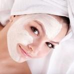 Posso fazer a limpeza de pele em casa?