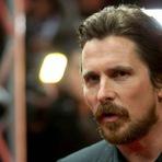 Christian Bale vai se lançar como Steve Jobs no próximo filme biográfico