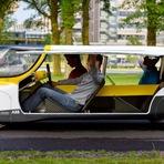Curiosidades - Carro solar para a família anda 800 km com uma única carga