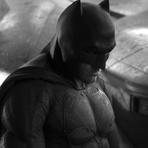 Ben Affleck como Batman: Veja a reação dos fãs ao novo traje do homem-morcego.