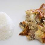 Culinária - Gratinado de carne com molho de tomate e cogumelos
