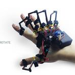 Exoesqueleto que lhe permite sentir objetos virtuais