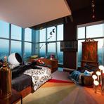 Apartamento decorado de um excêntrico designer