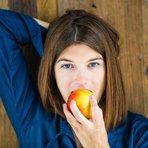 Maçã aumenta o prazer sexual em mulheres, diz pesquisa