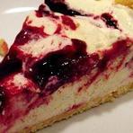 Receita: Torta Gelada de Marshmallow e Morangos