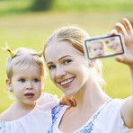 Bebês ganham perfis em redes sociais antes do primeiro ano de vida