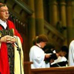 O Alarme do Cardeal Pell: Um dos ataques mais contundentes lançados contra um Papa na história moderna